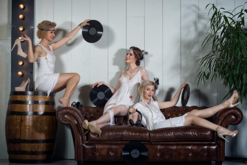 1920's flapper dance hen party activity vintage
