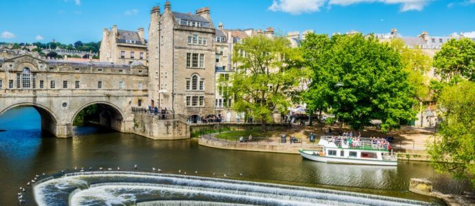 Bath hen weekend destination, cottages and activities