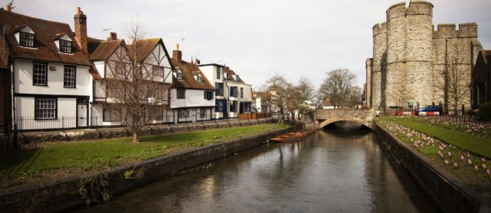 Canterbury hen weekend destination, cottages and activities