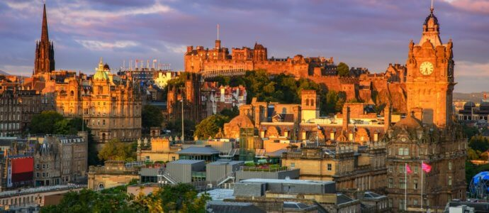 Edinburgh hen weekend, cottages and activities