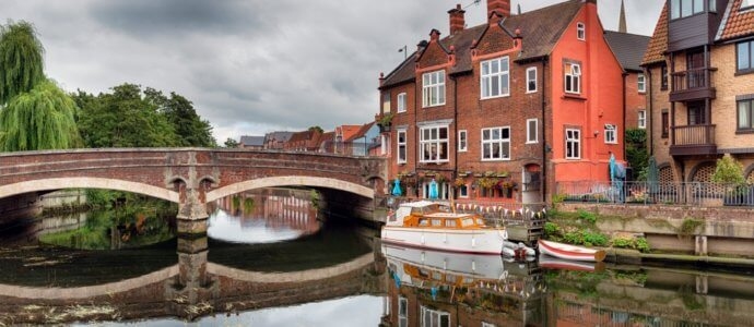 Norwich hen weekend destination, cottages and activities