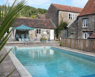 Stone Farmhouse, Pool & Hot Tub