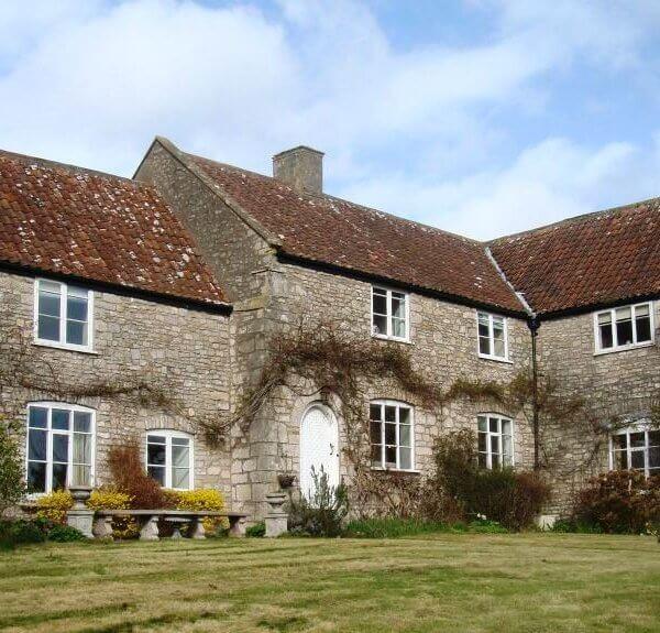 Stone Farmhouse Pool & Hot Tub Acacia Cottages