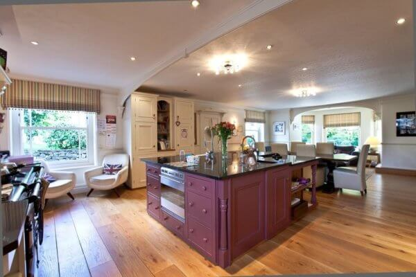 derbyshire manor and lodge kitchen & dining