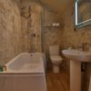 richmond farmhouses hen cottage 2 with hot tub bath 1