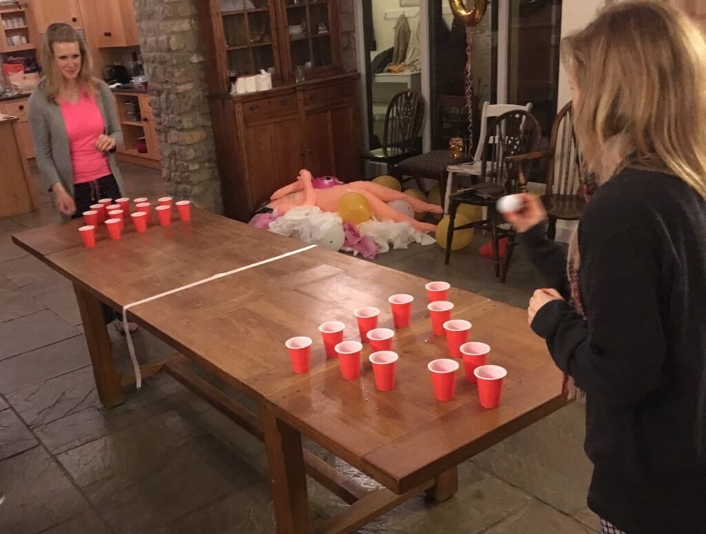 beer pong hen party games