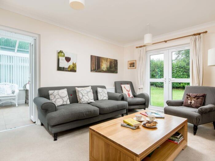 new forest retreat sitting room, hen party house