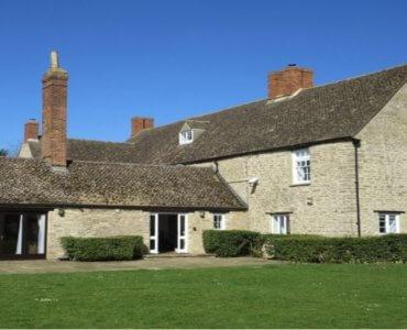 Oxford Manor Farmhouse