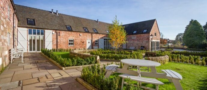 staffordshire barns, hen party houses